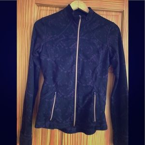 Women's lululemon zip up jacket
